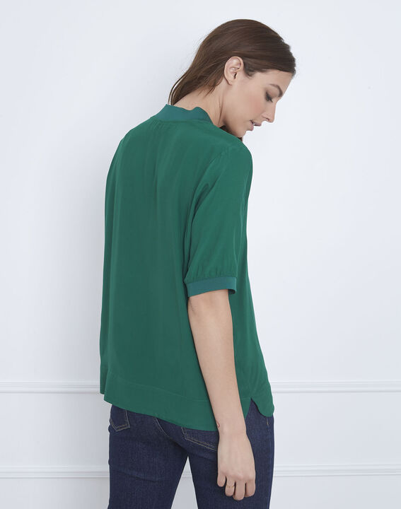 Virginie meadow green V-neck flowing blouse (4) - Maison 123