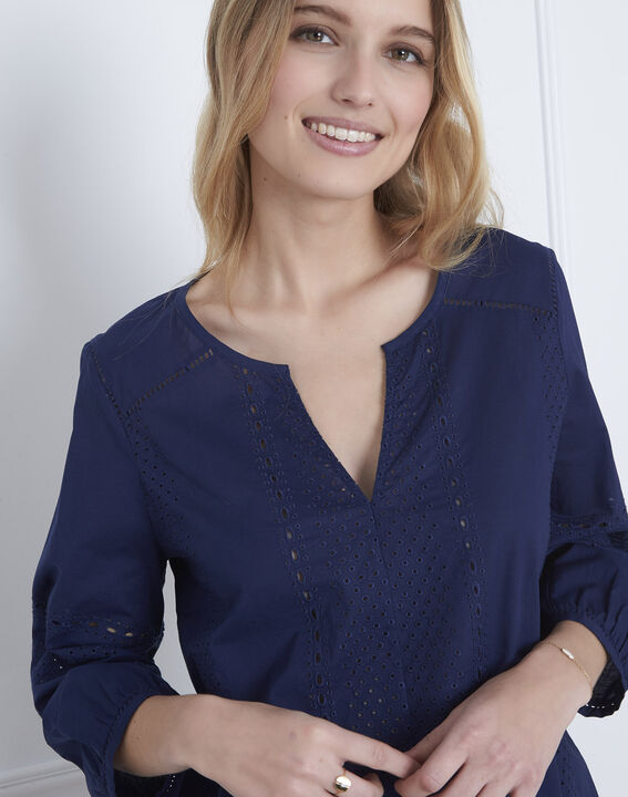 Verveine navy blouse with broderie anglaise (3) - Maison 123