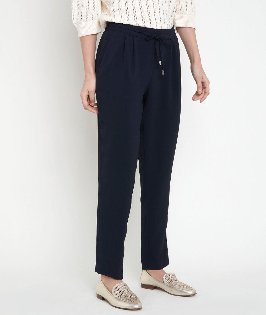 FLYNN navy crepe carrot-cut trousers PhotoZ | 1-2-3