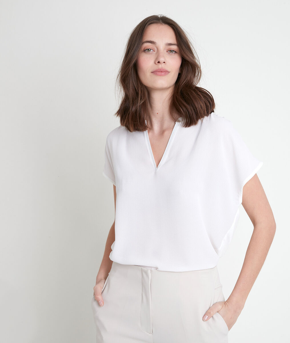 WALLAS ecru dual-fabric V-neck top PhotoZ | 1-2-3