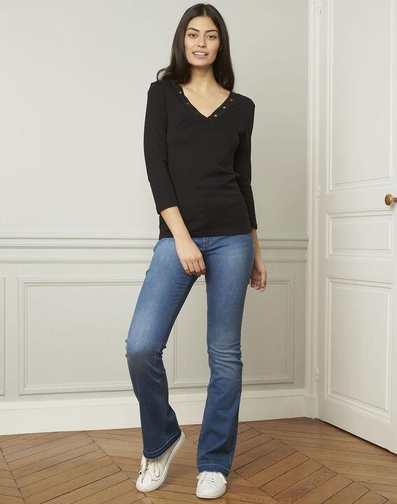 Basic black T-shirt with V-neck eyelet neckline (2) - Maison 123