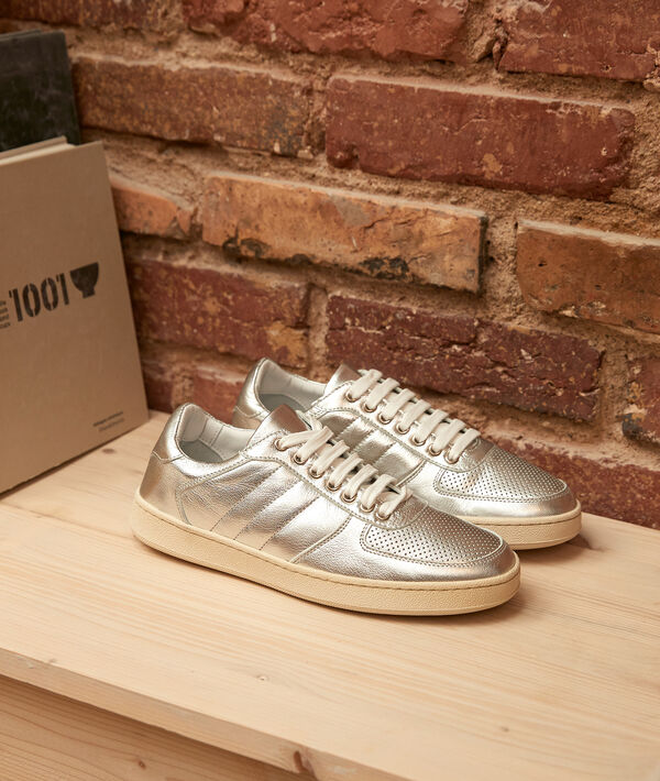 Victoria silver-coloured leather trainers PhotoZ | 1-2-3