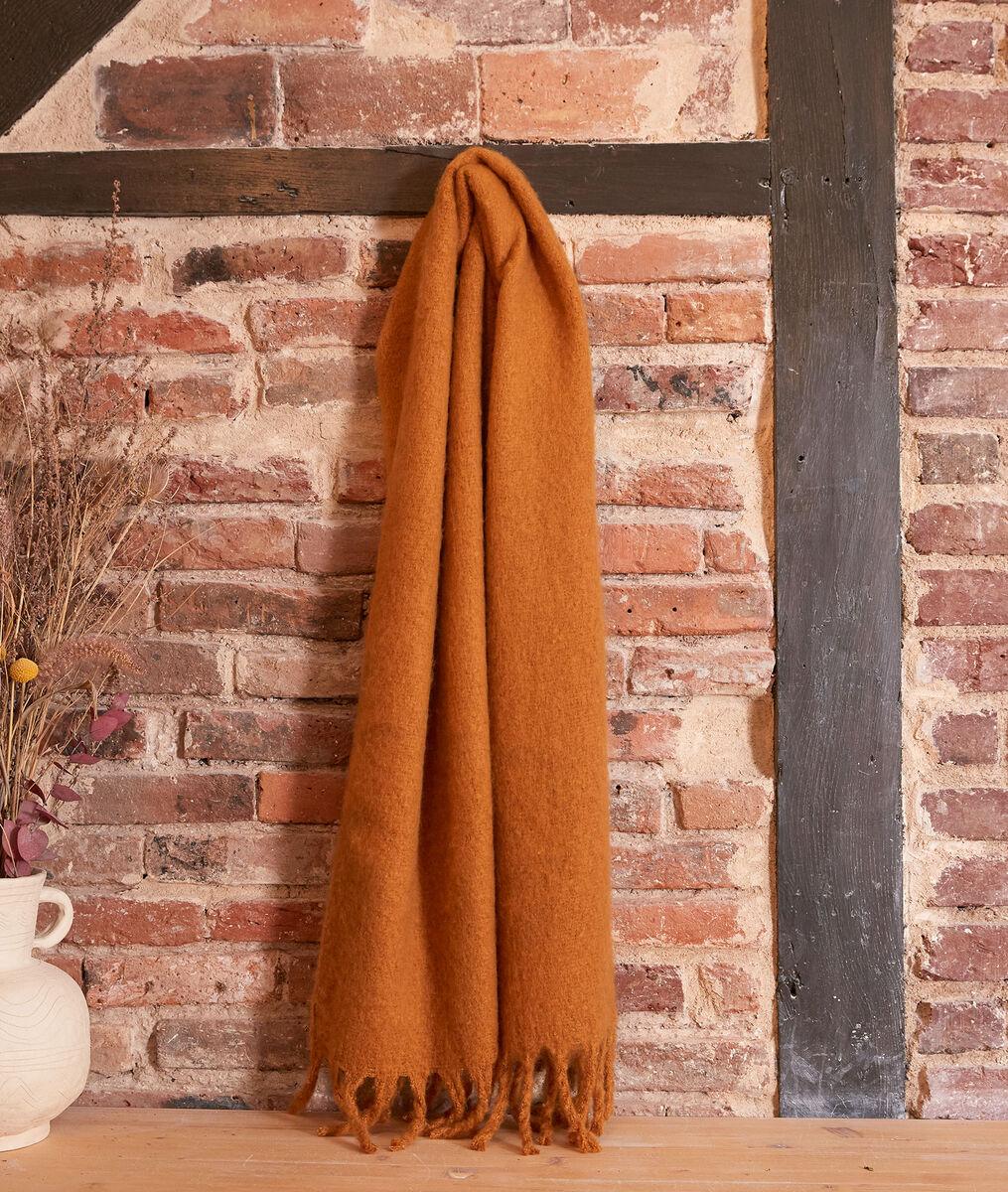 Hama thick saffron scarf  PhotoZ | 1-2-3