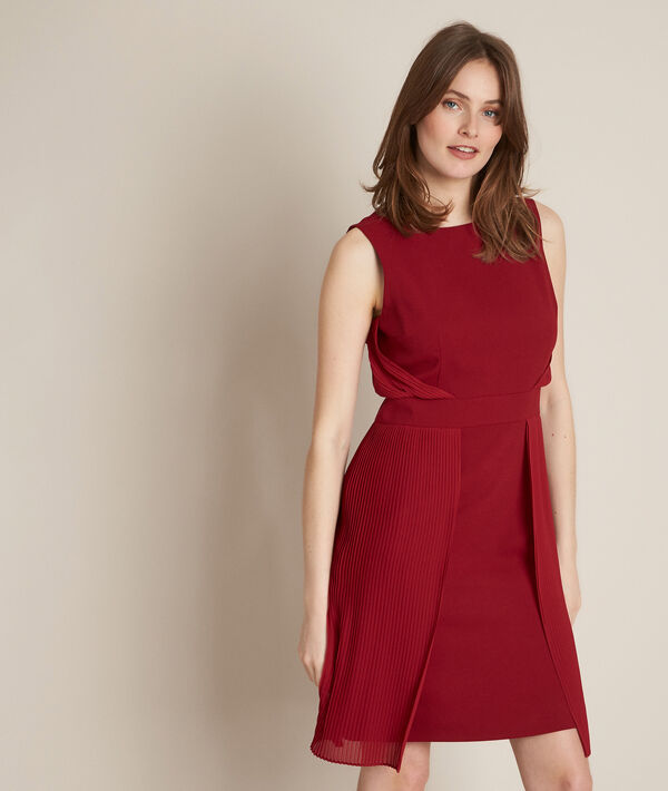 Orlande red pleated dress PhotoZ | 1-2-3