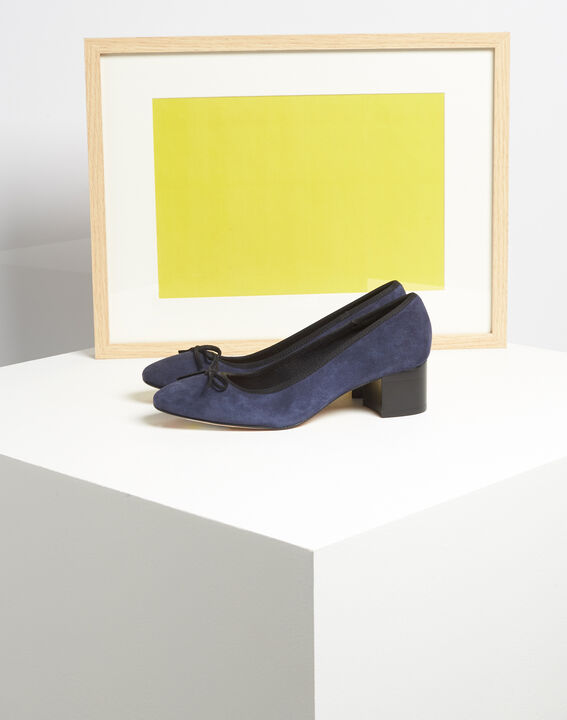 Kalista navy velvet-effect shoes with square heels (2) - Maison 123