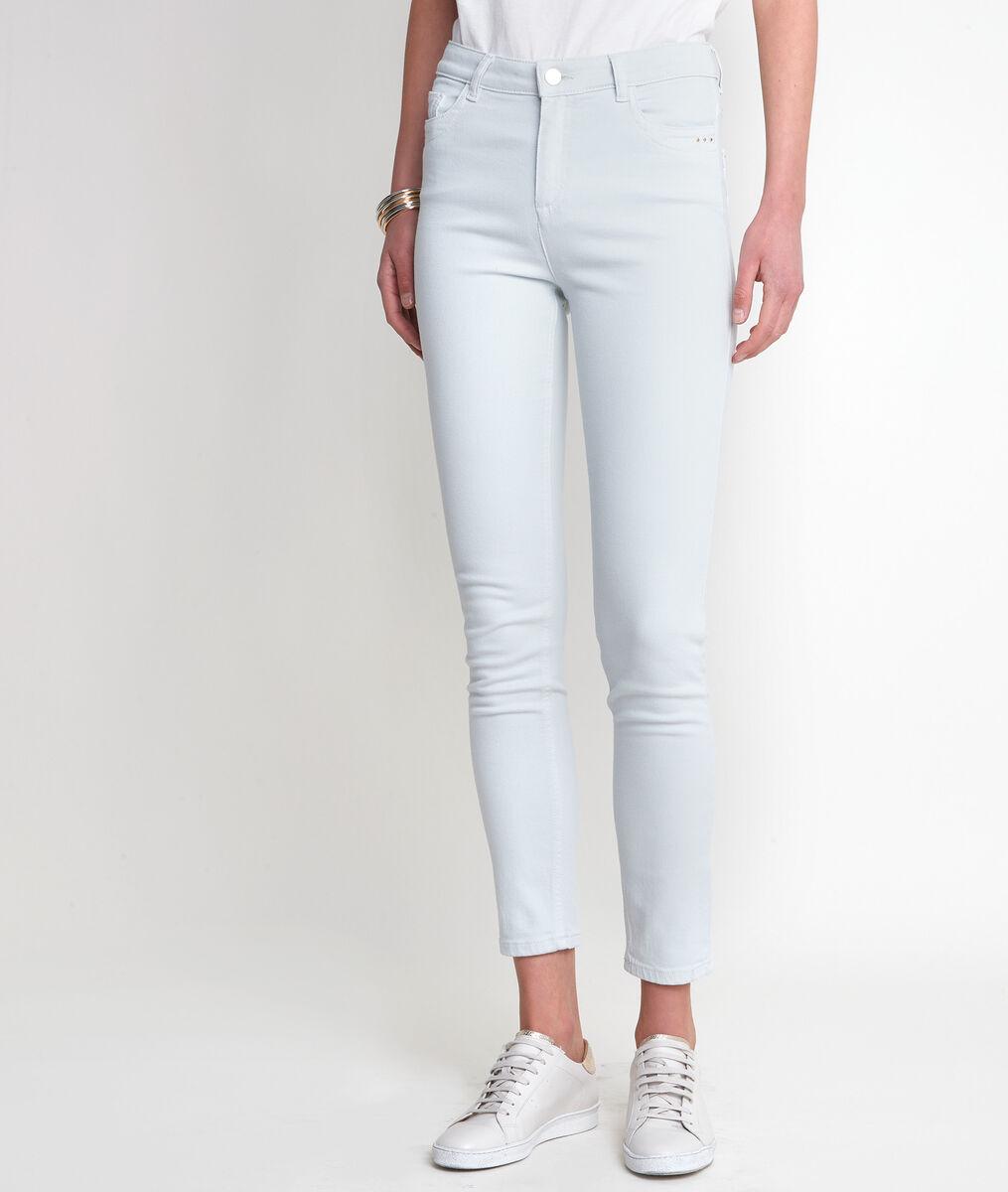 Suzy almond slim-fit jeans PhotoZ | 1-2-3