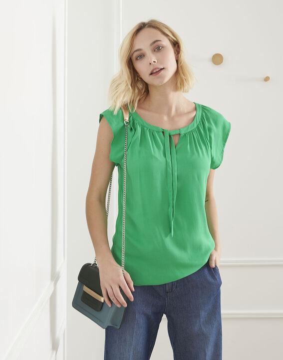 Van green top with decorative neckline PhotoZ | 1-2-3