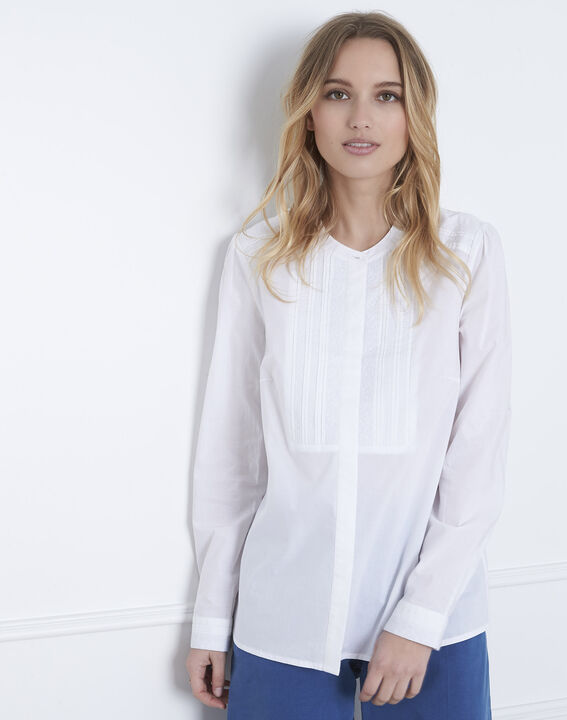 Vahina ecru blouse with embroidered bib (2) - Maison 123