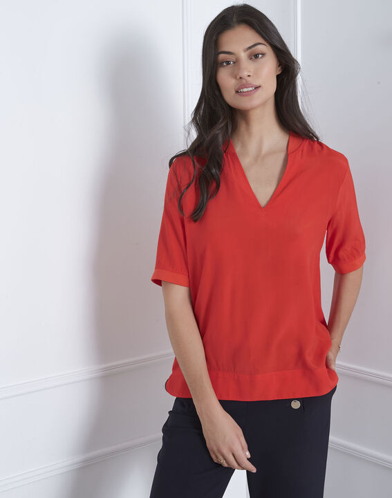 Virginie red V-neck flowing blouse PhotoZ | 1-2-3