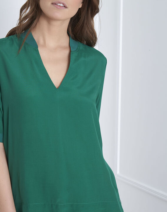 Virginie meadow green V-neck flowing blouse (3) - Maison 123