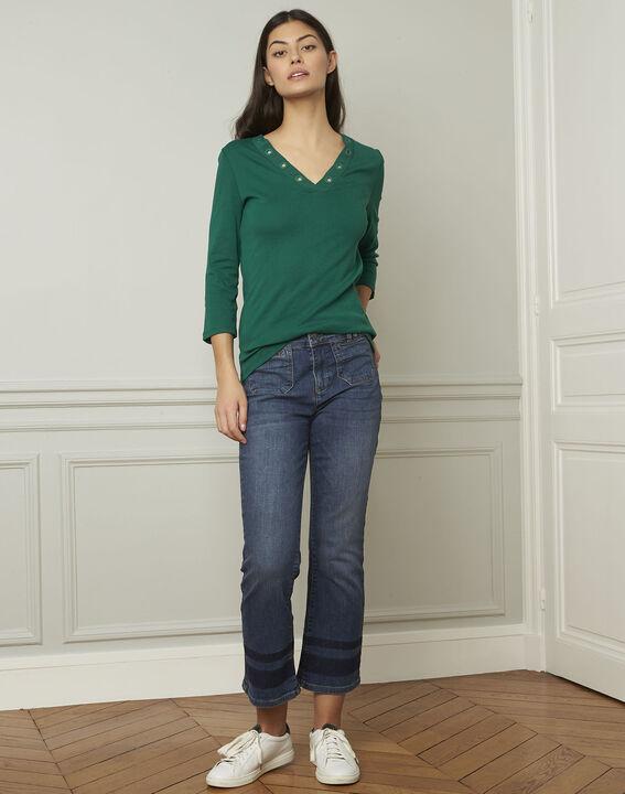 Basic green T-shirt with V-neck eyelet neckline PhotoZ   1-2-3