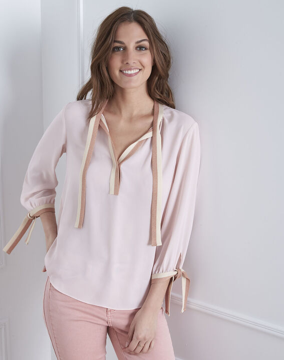 Pale pink blouse with contrasting Vicky motifs PhotoZ   1-2-3