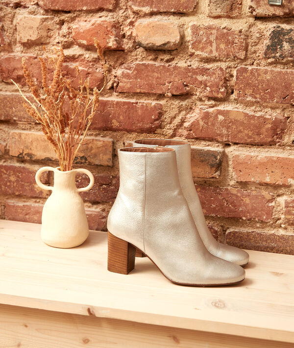Valentine ankle boots with silver-coloured heels PhotoZ   1-2-3