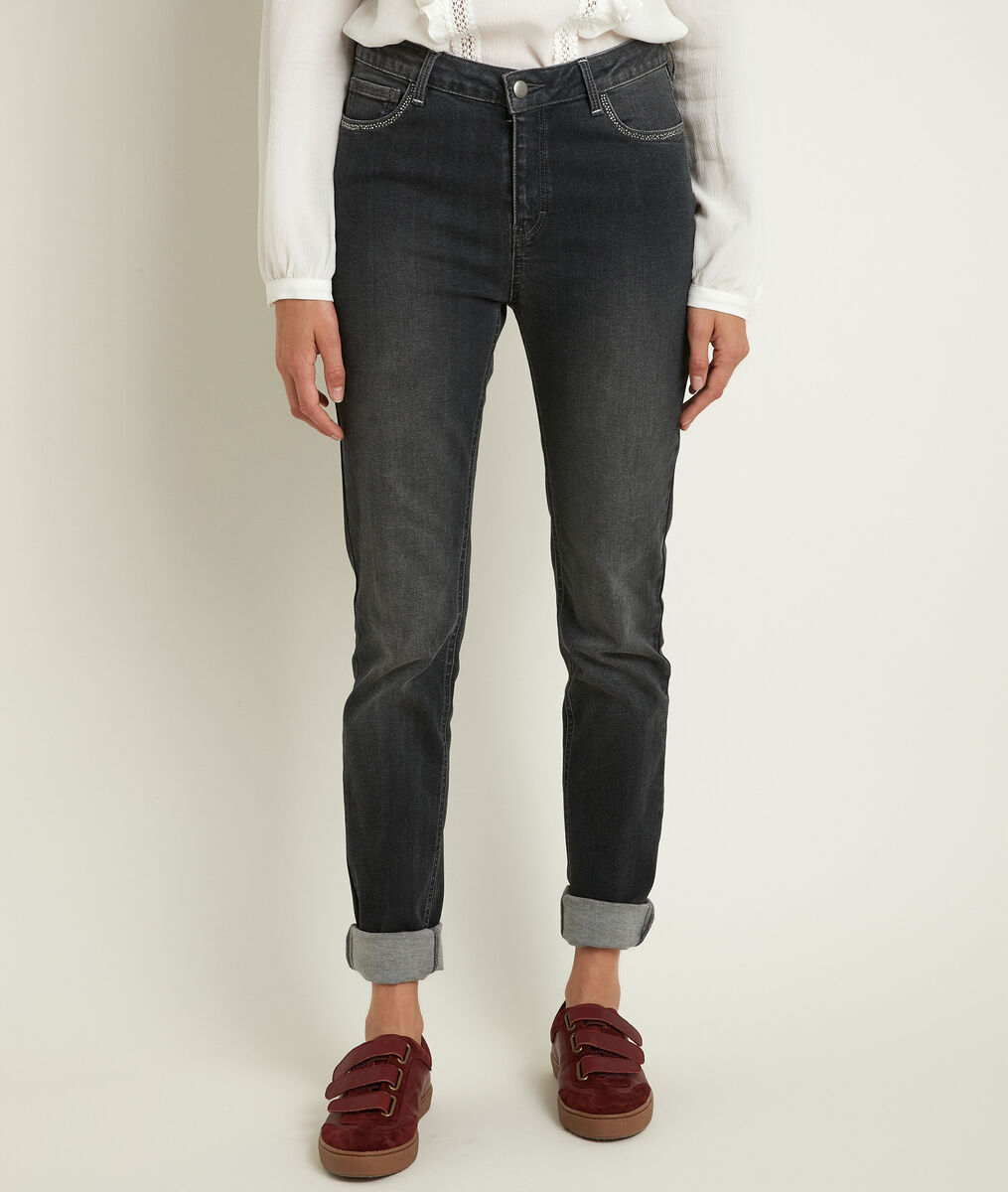 Prunelle, the iconic slim-fit heather-grey jeans PhotoZ | 1-2-3
