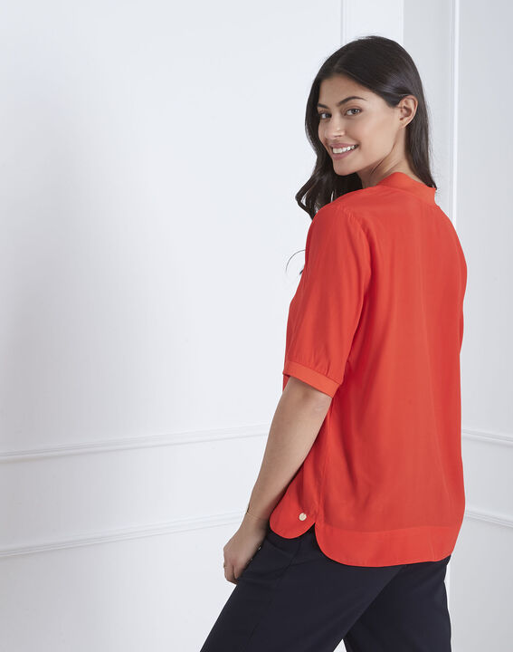 Virginie red V-neck flowing blouse (4) - Maison 123