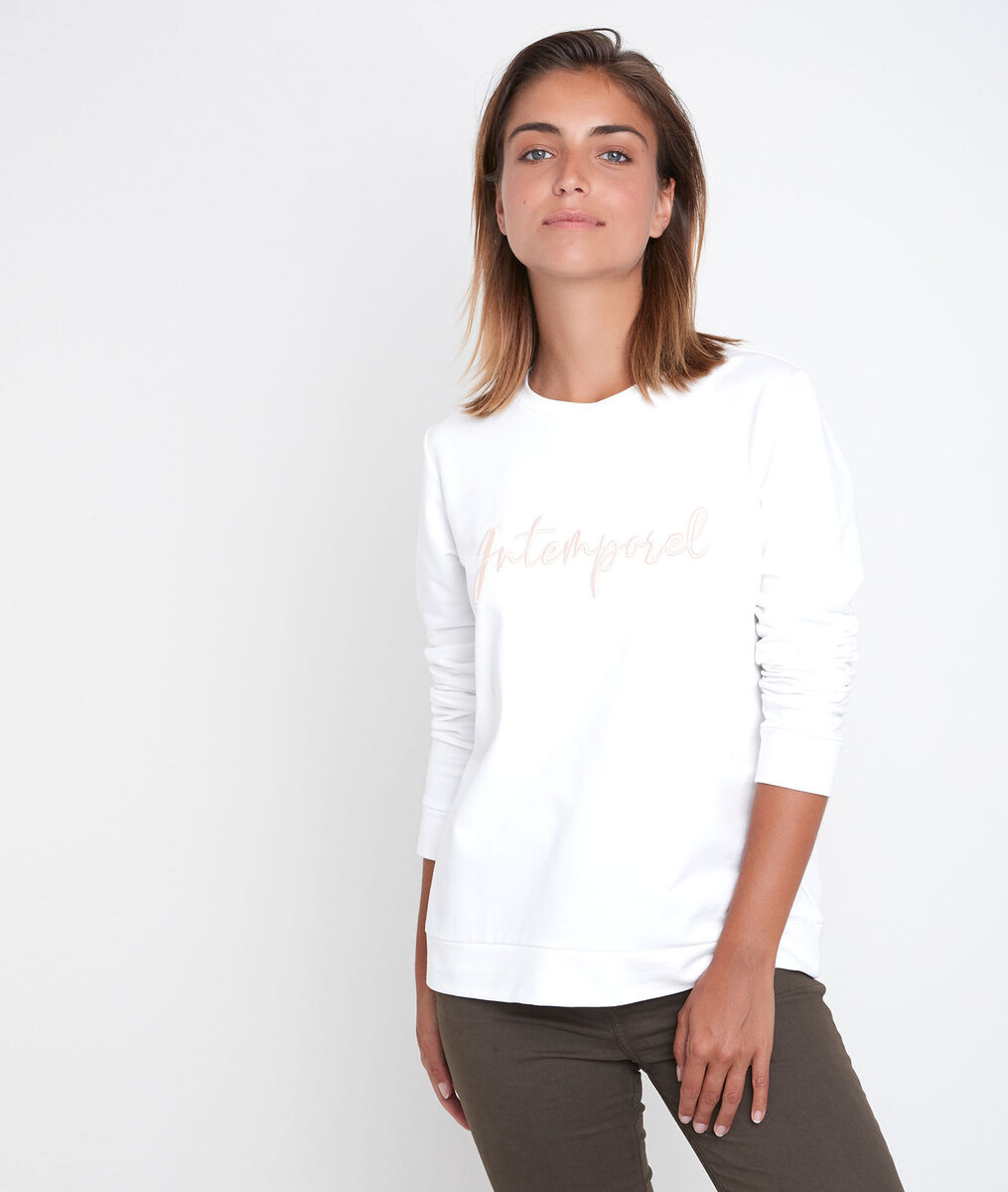 Daphne embroidered ecru pullover PhotoZ | 1-2-3