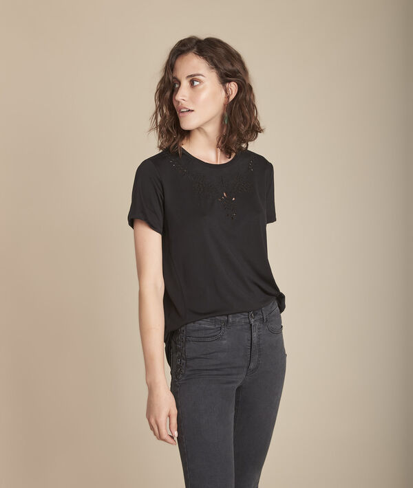Chypre black T-shirt with embroidered openwork details at the neckline PhotoZ | 1-2-3