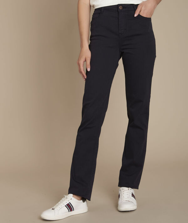 Sarah, the original 123 navy straight-leg jeans PhotoZ | 1-2-3