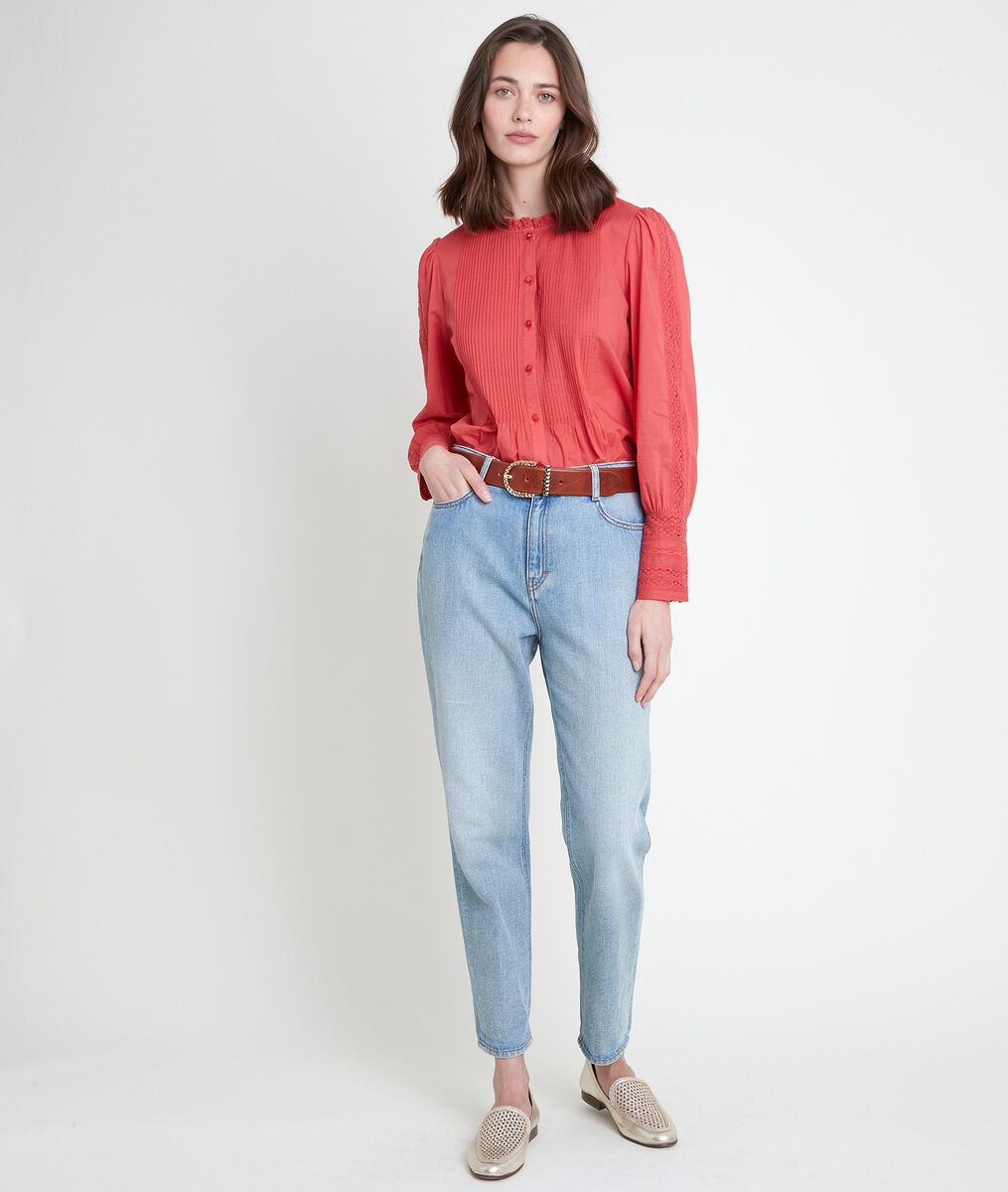 TENA guava-coloured lace blouse PhotoZ | 1-2-3