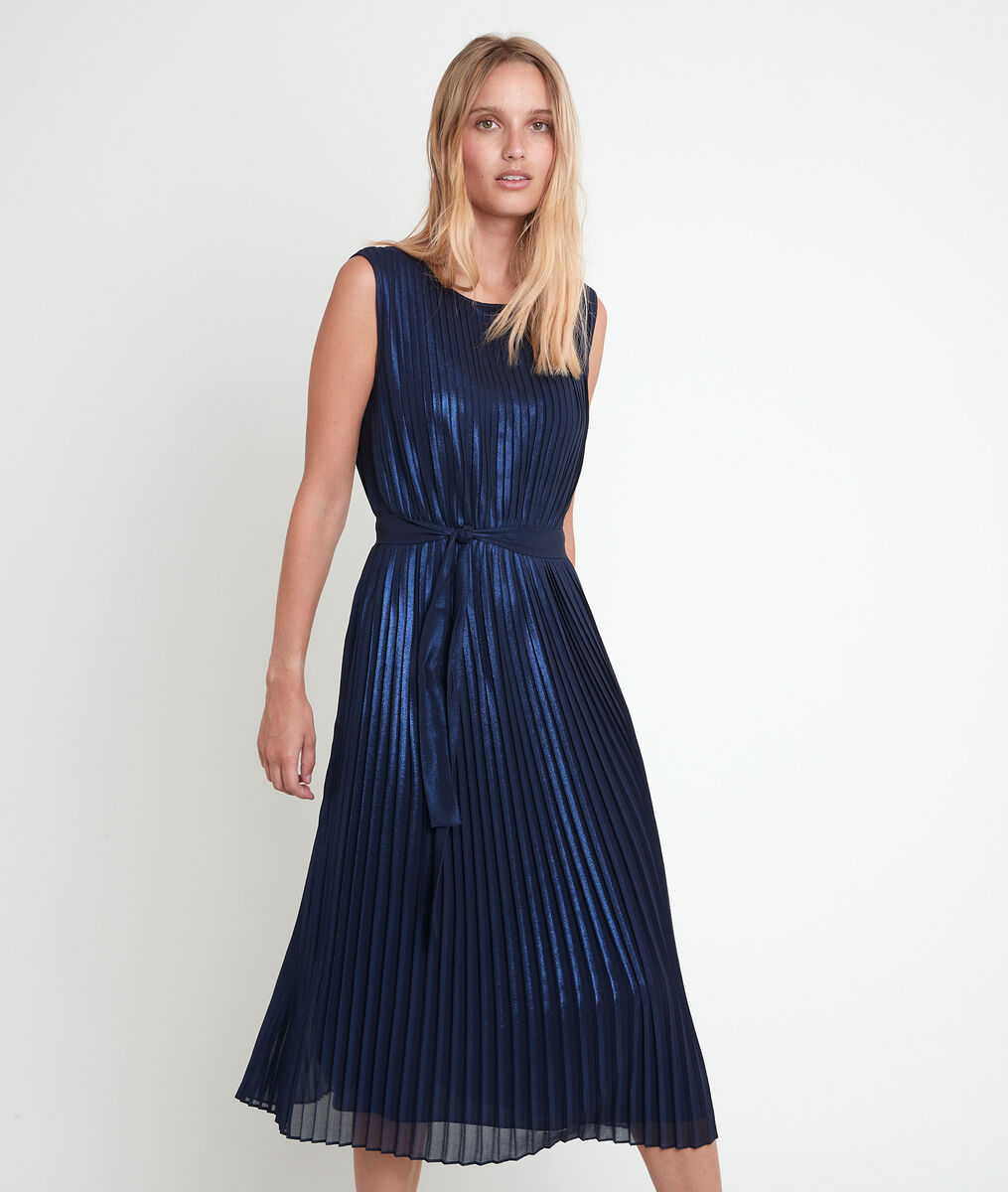 Marlène iridescent navy pleated dress PhotoZ | 1-2-3