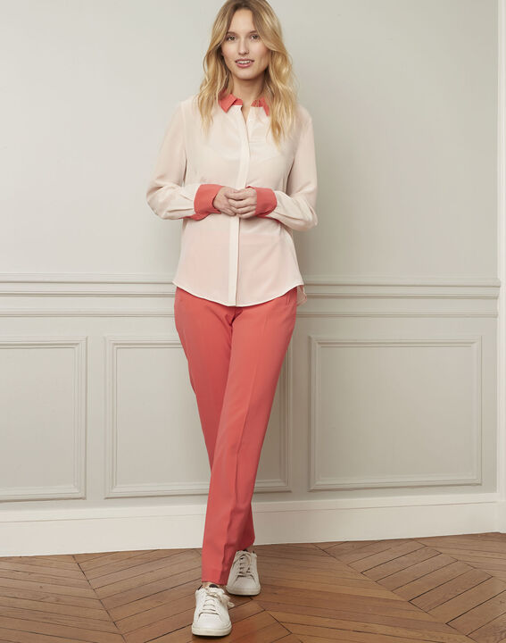 Violene silk powder blouse with contrasting collar and sleeves  (2) - Maison 123