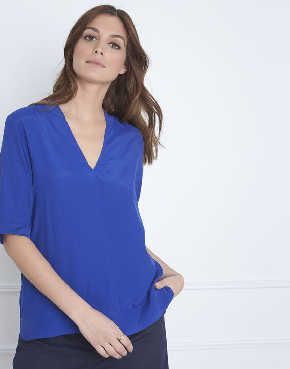Virginie blue V-neck flowing blouse (1) - Maison 123