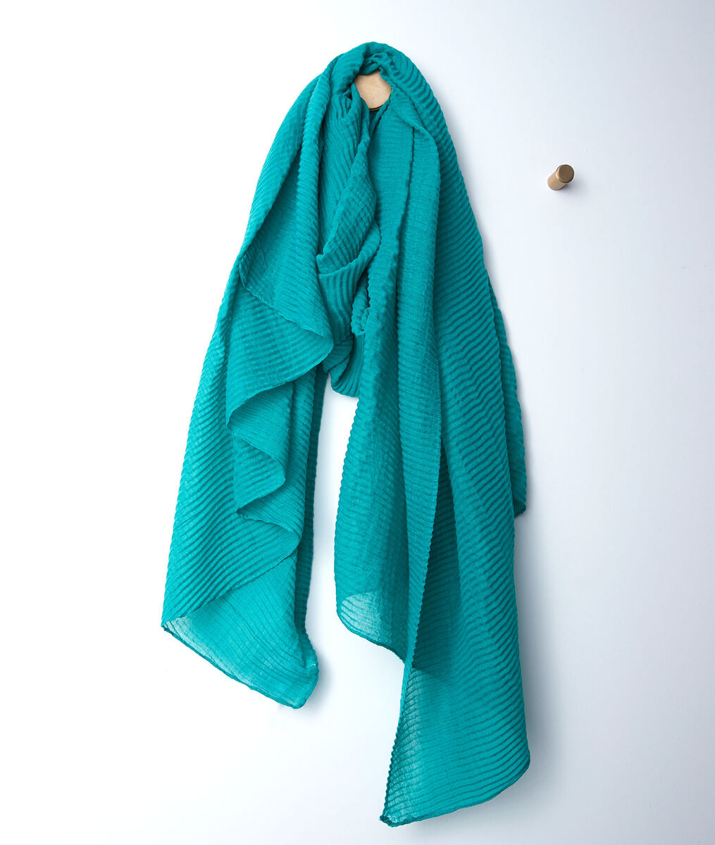 Barry jade pleated scarf PhotoZ | 1-2-3