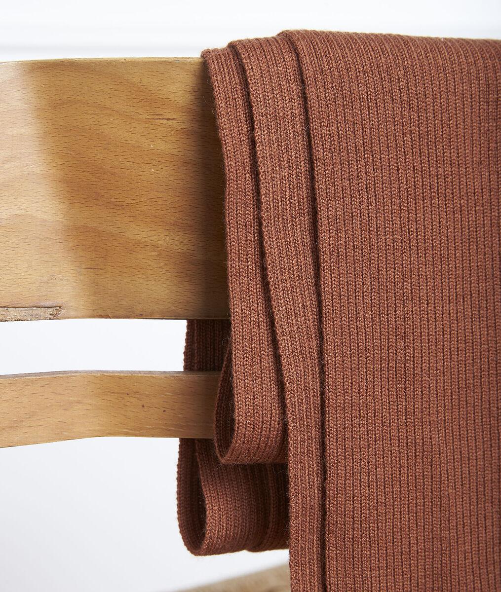 Gloraline mahogany ribbed scarf PhotoZ | 1-2-3