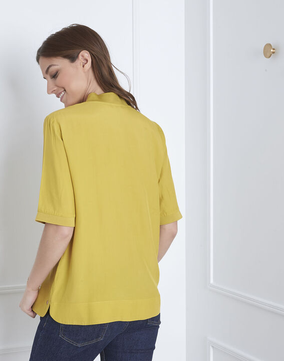Virginie lime green V-neck flowing blouse (4) - Maison 123
