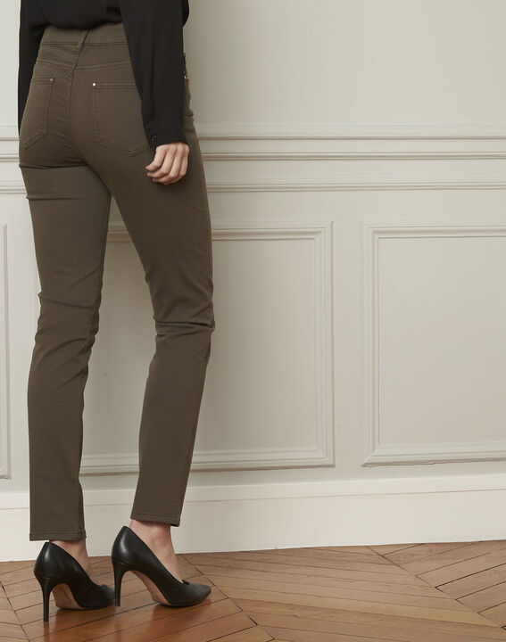 Vendome khaki slim-cut 7/8-length cotton jeans (3) - Maison 123