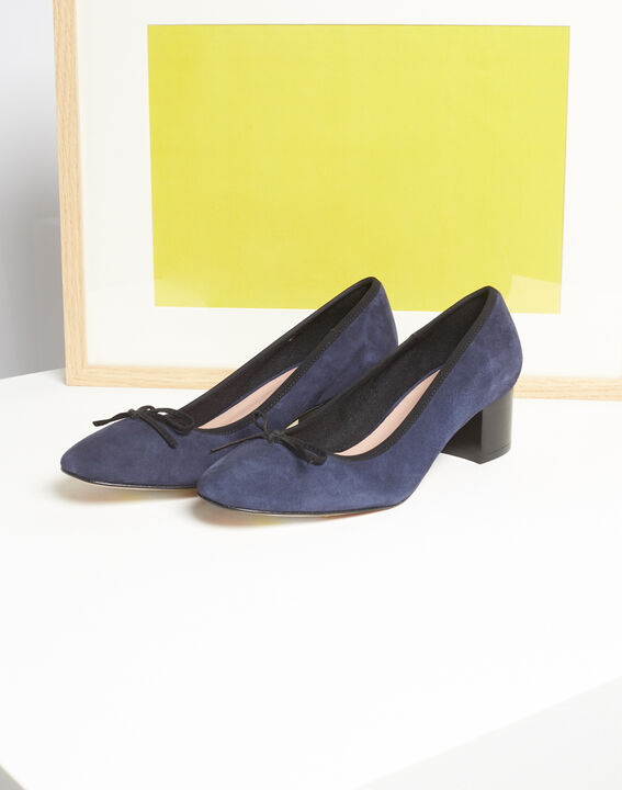 Kalista navy velvet-effect shoes with square heels (1) - Maison 123