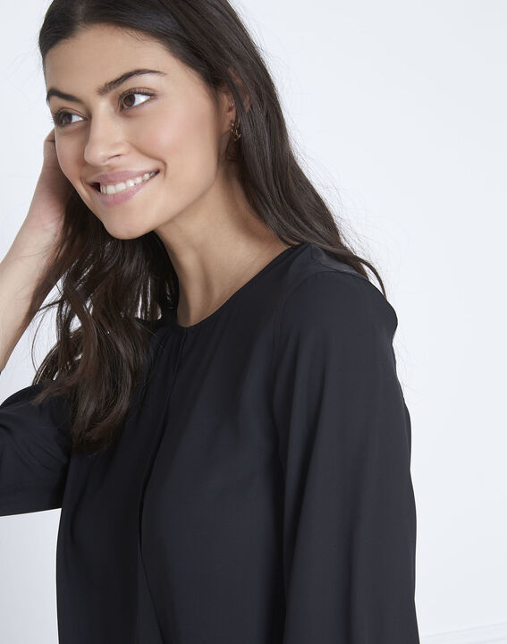 Valeria black blouse with satin-effect details (3) - Maison 123