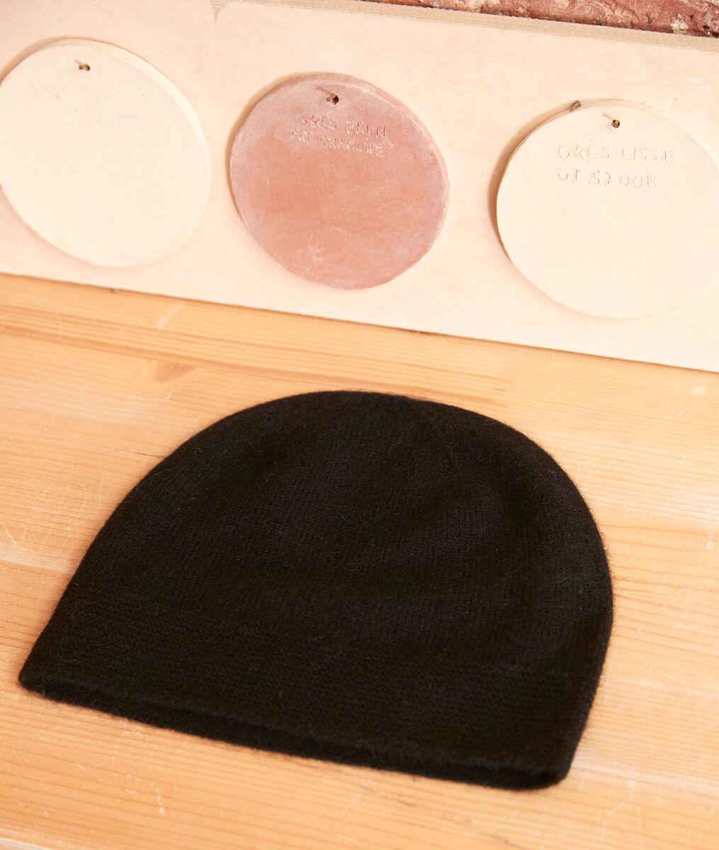 Urbain black cashmere beanie PhotoZ | 1-2-3