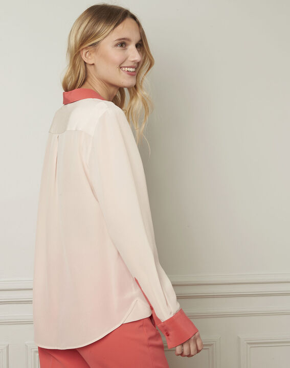 Violene silk powder blouse with contrasting collar and sleeves  (3) - Maison 123