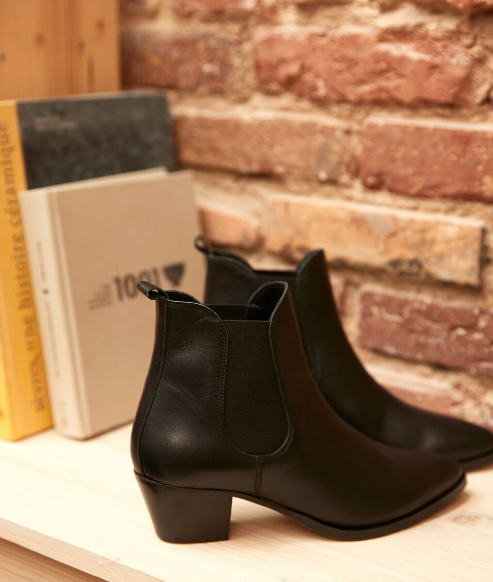 Vera black leather ankle boots PhotoZ | 1-2-3