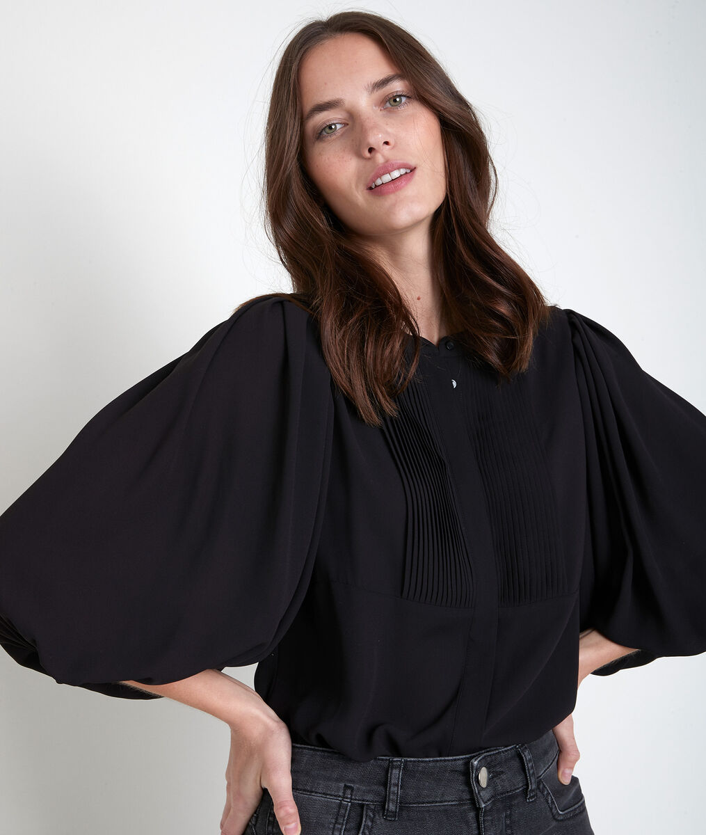 Tarika black pleated blouse PhotoZ | 1-2-3