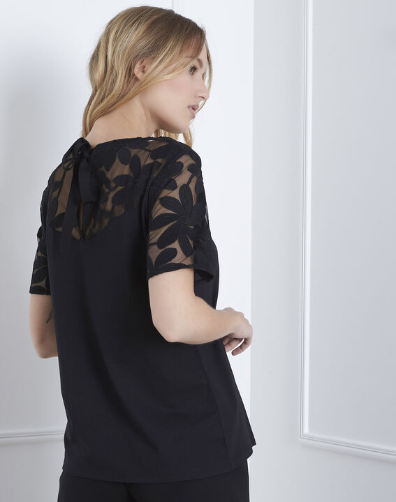 Port Louis black T-shirt with lace embroidery (4) - Maison 123
